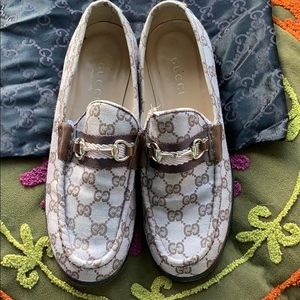 GUCCI Light Pink & Brown Monogram Loafer